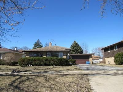 2 Bath Preforeclosure Property in South Holland, IL 60473 - Cottage Grove Ave
