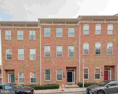 2712 Harris Ln BALTIMORE Three BR, beautiful town home with two