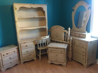Girls 8 Piece Wood Furniture Set