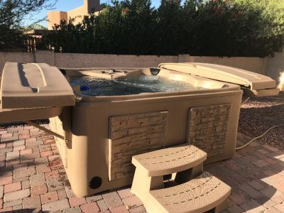 Hot Tub - Tuff Spa TT450 Platinum Model