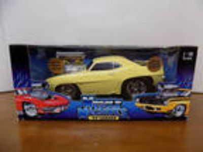 1969 CAMARO 1:18 Scale NEW IN BOX The Original Muscle