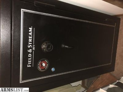 For Sale: Field and stream safe $350