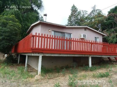Cute & Cozy 1/1 Single-Story Home for Lease in the city of Lake Elsinore!