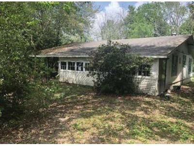 3 Bed 2 Bath Foreclosure Property in Silsbee, TX 77656 - Ann Ln