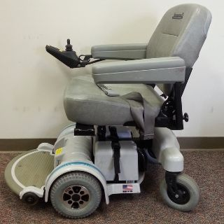HOVEROUND POWER WHEELCHAIR
