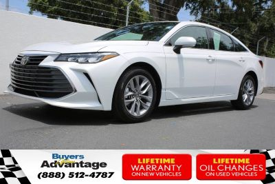 2019 Toyota Avalon XLE (Wind Chill Pearl)