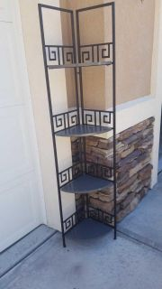 Wire Corner with 4 Shelves