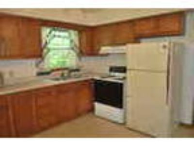 Two BR Townhome Incl Heat