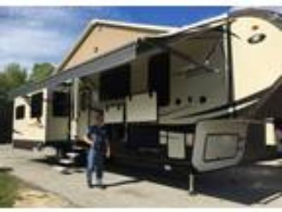 2017 Coachmen Brookstone 395RL