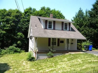 3 Bed 1 Bath Foreclosure Property in Oakville, CT 06779 - Lilac Ave