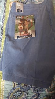 Men's shorts, size 42, new with tags