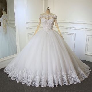 Keri's Appliqué Sweetheart Long Sleeve A Line Wedding Dress 1.5' Train