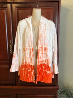 15.00 Size 2 (like a large) Chico s Zenergy orange and white hooded tie dye soft and comfy jacket