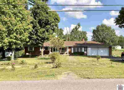 203 Jackson School Rd. Benton, Three BR 1 1/Two BA home sitting