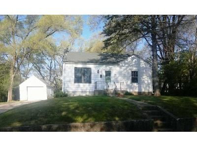2 Bed 1 Bath Foreclosure Property in Rockford, IL 61102 - Rose Ave