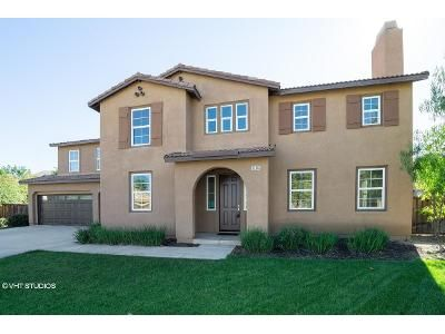 4 Bed 3.5 Bath Foreclosure Property in Menifee, CA 92584 - Sussex Stakes St