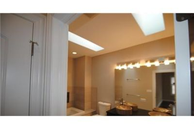 5 bedrooms Apartment - You ll love the features of this inviting home such as gorgeous floors. Pet