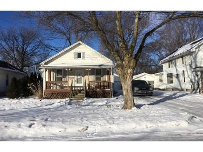 1 Bath Preforeclosure Property in Bloomington, IL 61701 - N Roosevelt Ave