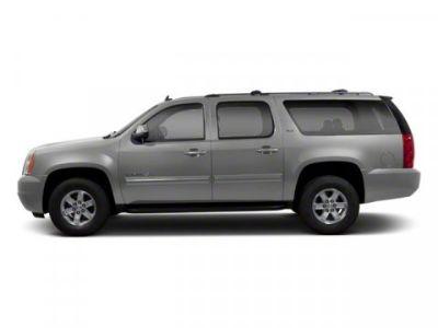 2013 GMC Yukon XL Denali (Quicksilver Metallic)