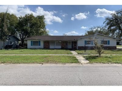 4 Bed 2.0 Bath Preforeclosure Property in Orlando, FL 32808 - Sedgefield St