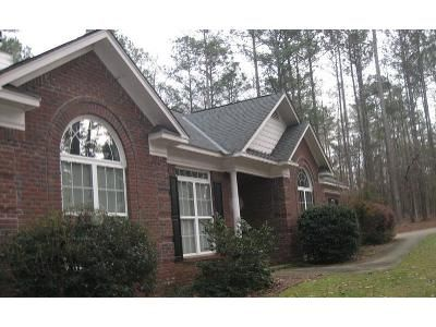4 Bed 2.5 Bath Foreclosure Property in Pine Mountain, GA 31822 - Red Oak Ln