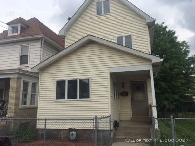 Large 2 Bedroom house in McKees Rocks