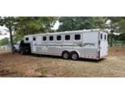 2008 4 Star 5-Horse with Super Tack 5 horses