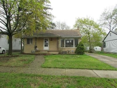 2 Bed 1 Bath Foreclosure Property in Oak Park, MI 48237 - Manistee St