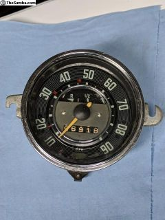 MPH Speedometer with fuel gauge 7/67