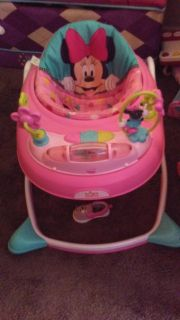 Minnie Mouse Walker