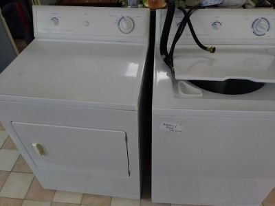 Frigidaire TOP LOAD washer/ dryer