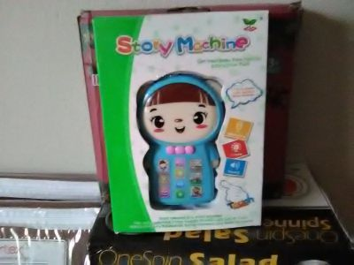 Story machine kids toy