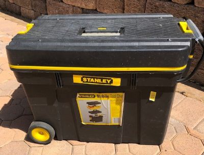 4 Piece Stanley Mobile Tool Chest