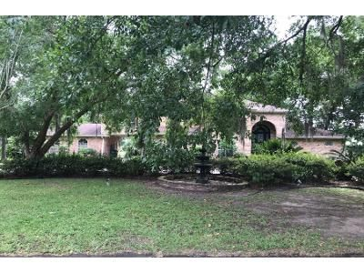 Preforeclosure Property in Destrehan, LA 70047 - Villere Pl