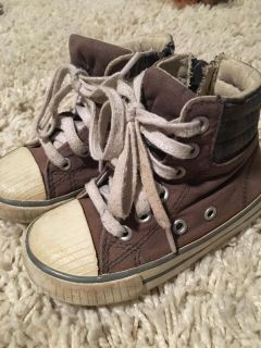 Toddler boy boots size 6