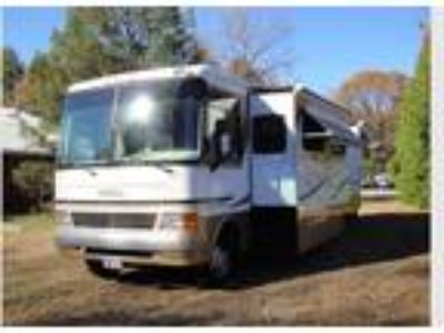 2003 Holiday Rambler Admiral SE Series M-37pct Ford with 3 Slides