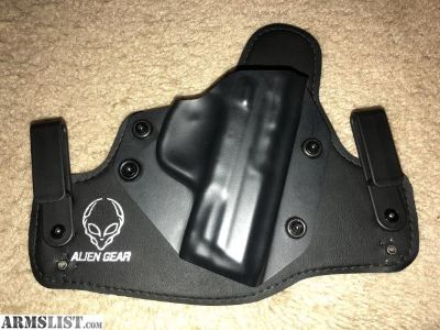 For Sale/Trade: Alien Gear for M&P 40c , great shape.