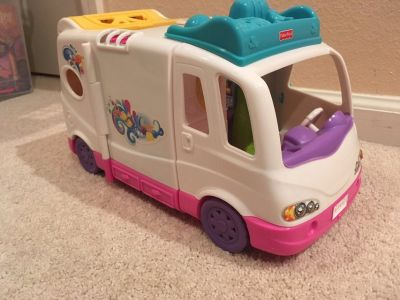 Fisher Price Loving Family Mobile Home- Never used