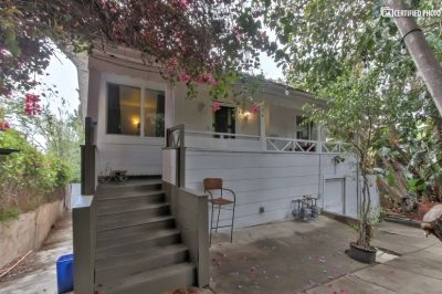 $3300 2 single-family home in Metro Los Angeles
