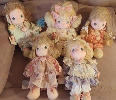 9 Precious Moments Dolls