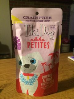 Tiki Dog Aloha Petites Chicken & Tuna Flavor. Can be feed as is or over dry food for extra flavor. 3.5oz