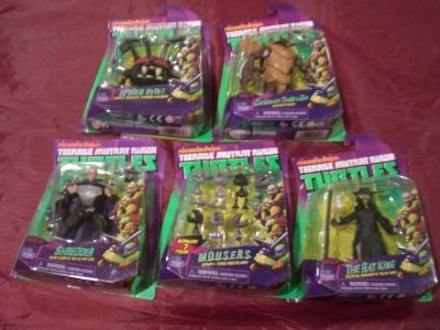 5 TMNT Action Figures NEW in Package
