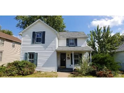 2 Bed 1.5 Bath Foreclosure Property in Keokuk, IA 52632 - Bank St