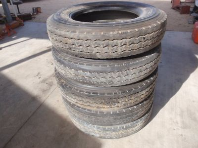 8R19.5 tires