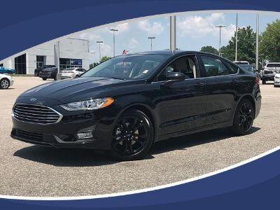 2019 Ford Fusion SE (Agate Black)