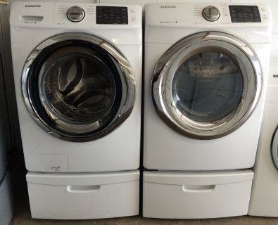 Samsung Washer and Electric Dryer Set w/Steam in White