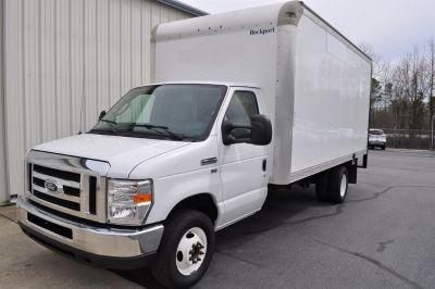 2015 Ford Commercial Vans E350 (White)