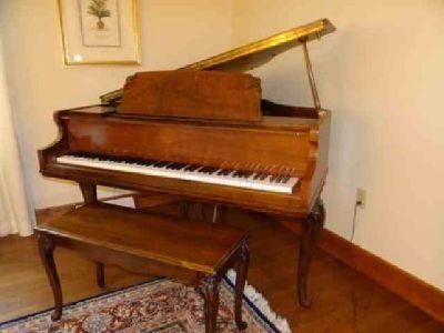 Whitney Baby Grand Piano - Current bid