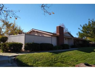 2 Bed 1 Bath Preforeclosure Property in Oxnard, CA 93036 - W Vineyard Ave