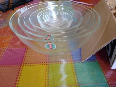 Pending PU......NEW Glass NESTING BOWLS